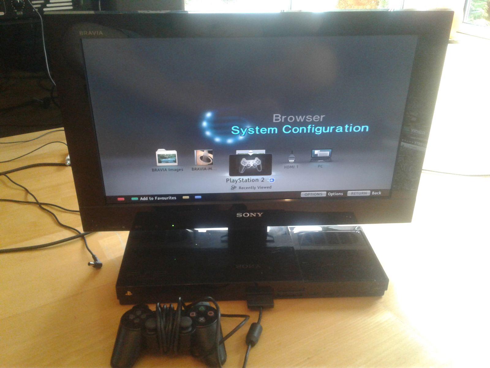 "Sony Bravia PX300 TV 22"" Su Integruotu Playstation 2"