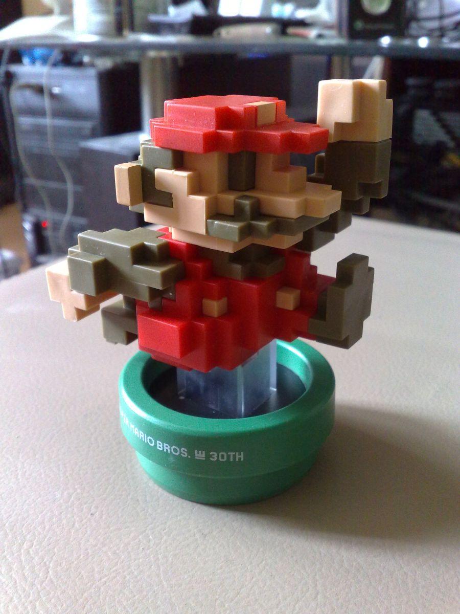 30th Anniversary: Mario Classic Color Amiibo