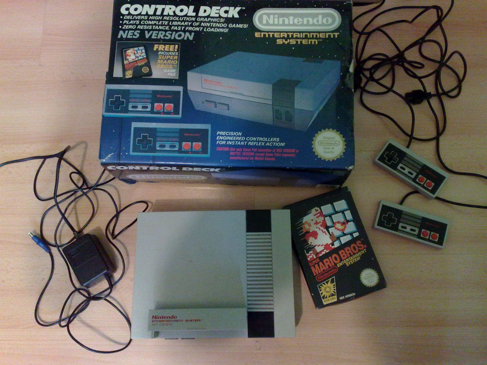 Nintendo Entertainment System (NES Version)  (Pilnas Komplektas)