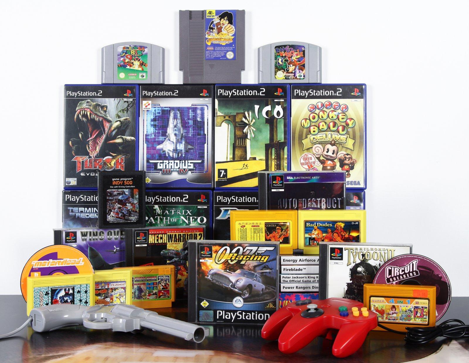 N64, PS1, PS2, Famiclone, NES, Atari 2600