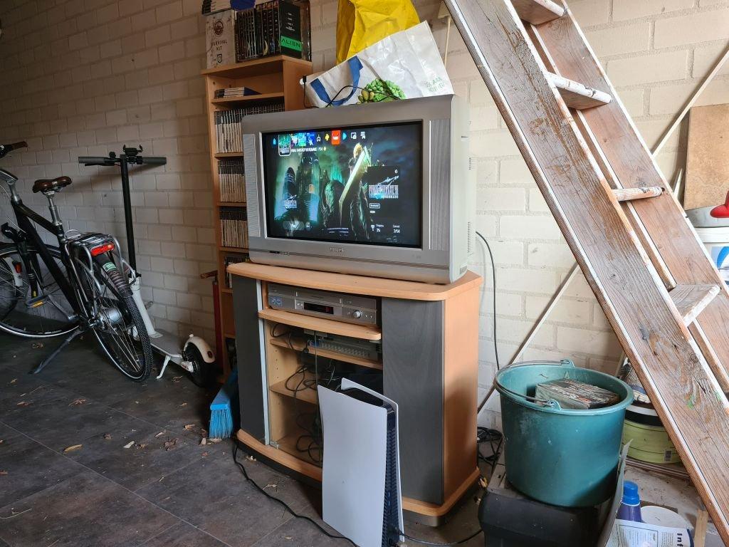 PS5 ant seno CRT TV